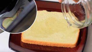 Échale vinagre a un pan y tíralo en el bote de la basura, lo que pasa al día siguiente es increíble