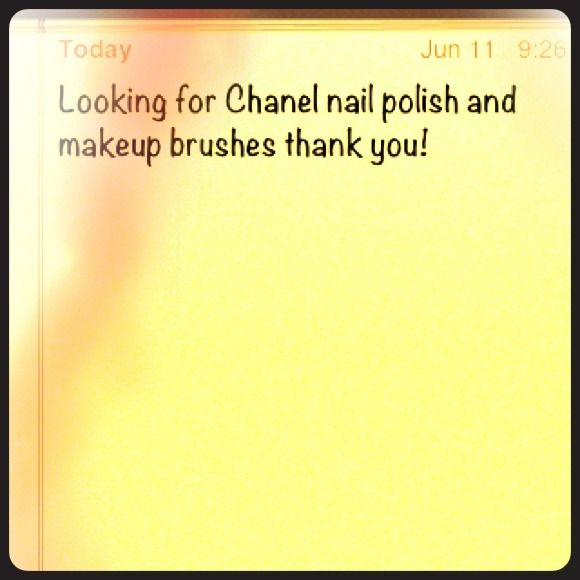 Iso Chanel polish and makeup brushes Accessories