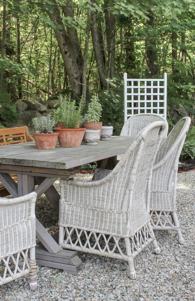 New Outdoor Dining E