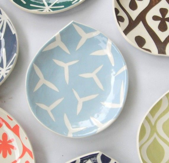 Made to OrderAppetizer plate / Rain drop shape by CeramicaBotanica, $27.00