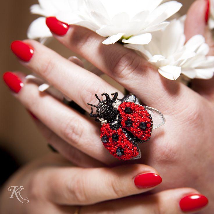 Кольцо вышитое Божья Коровка. #insects #брошь #brooch #emroidery #insectart