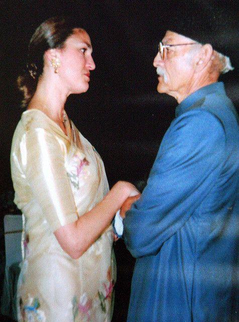 Prince Mukkaram Jah Bahadur with his daughter Princess Shehkya    #Nizam#Hyderabad # IndiaRoyals