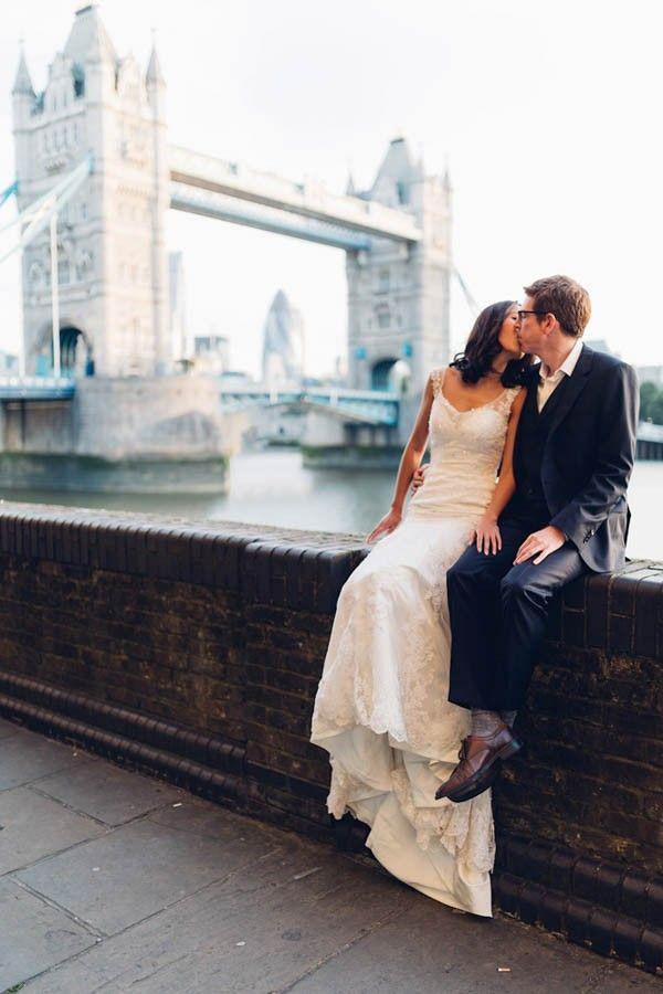 downtown london bridal session | miss gen photography | image via: junebug weddings