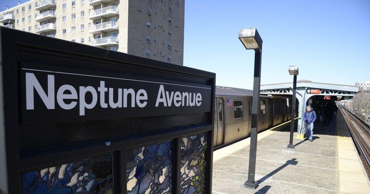 Subway surfer, 13, in serious condition after falling from train http://www.nydailynews.com/new-york/brooklyn/subway-surfer-13-serious-condition-falling-train-article-1.3507269