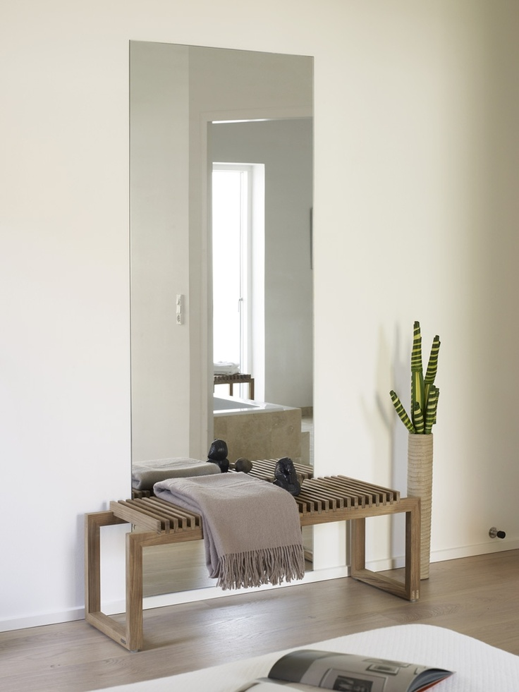 Cutter Bench from Skagerak. Design by Niels Hvass. #entrance #bench
