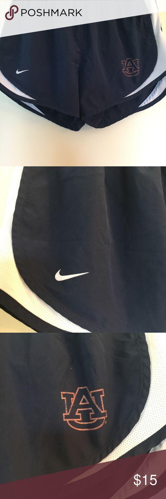 "Nike Shorts Auburn University size small ~NO TRADES~ Auburn University Nike shorts. Navy blue with an orange ""AU"" printed on the side. Size small Nike Shorts"
