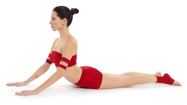 Procedure And Benefits Of Bhujangasana Cobra Pose Power Yoga Workout Hatha Yoga Asanas Basic Yoga Poses