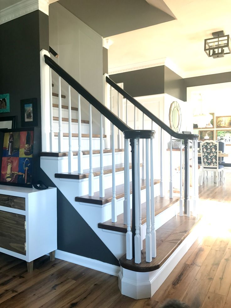 Grand Staircase Makeover