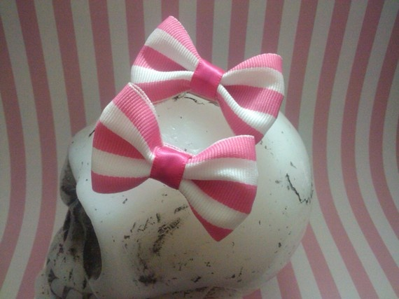Pretty in Pink/White Mini Hair Bows Set of 2 by MmPresents on Etsy, $5.75