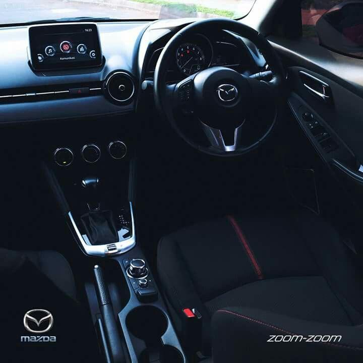 Teknologi Transmission Lock pada Mazda2 menghadirkan tombol kecil untuk memindahkan  transmisi dari (P) ke Netral.  Kini, Parkir Paralel semakin mudah, Zoom-Zoom Lovers. #Mazda #Bandung #Promo 082295000685 (Tlp & SMS) 08987900976 (WA & Line) www.mazdabanget.wordpress.com