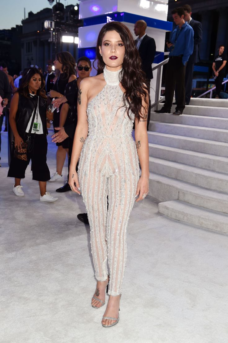 MTV Fashion VMAs 2016 - Live From the Red Carpet: Halsey in a Yousef Al-Jasmi jumpsuit and Stuart Weitzman shoes