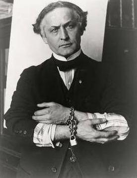 HARRY HOUDINI:     (1874 - 1926) -     ESCAPE ARTIST    ( 2,095 FLOWERS )