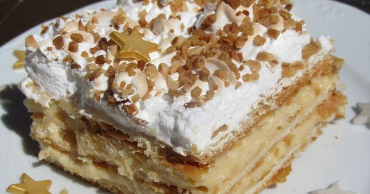 Un delicioso dulce, de hojaldre , crema pastelera , merengue y almendra : COSTRADA DE ALCALÁ , realmente exquisito, típico de Alcalá de He...