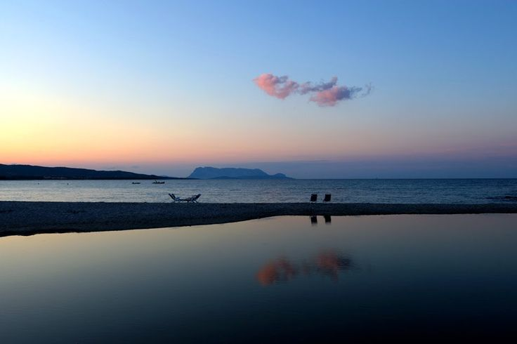 Sardegna Budoni - Spiaggia di Budoni all'imbrunire.  #sardegna #budoni #tramonto #spiagge #immobiliare