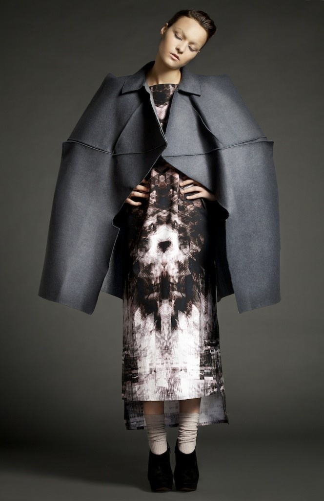 Petra Schultzova's 3rd generation collection http://www.muuse.com/#!collections/103-the-3rd-gender-by-petra-schultzova