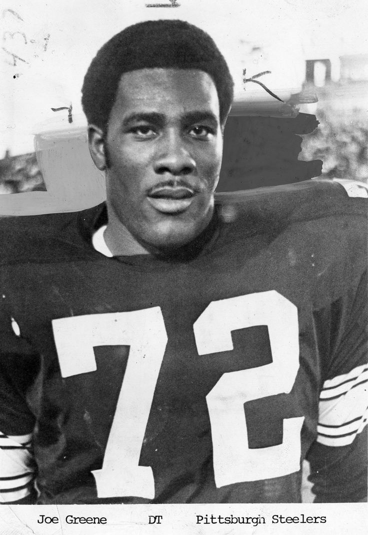 """The Steelers yesterday drafted a guy named Joe as the No. 1 choice in the combined NFL-AFL college player lottery. That failed to send a single season ticket buyer to the club's office in Hotel Roosevelt.  ""When news of Greene's selection was made public, it got a rude reception from Steeler rooters, who have watched the local club foul up in the past. They were disgusted that Hanratty was passed."""