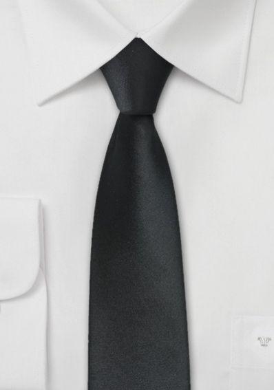 Schmale Krawatte in schwarz