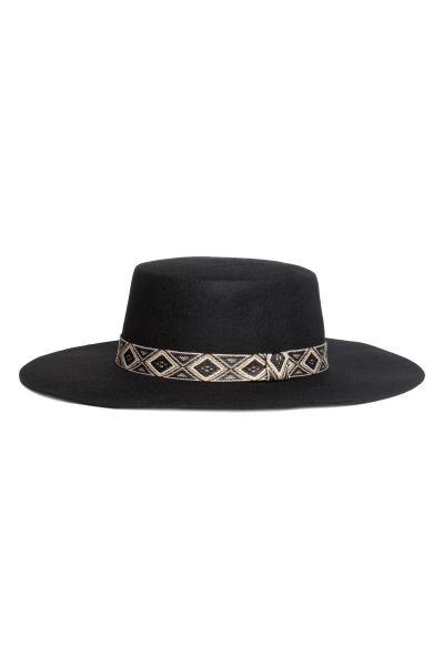 27e238df00a Hat in felted wool with a patterned band. Width of brim 3 1 2 in. - Visit  hm.com to see more.