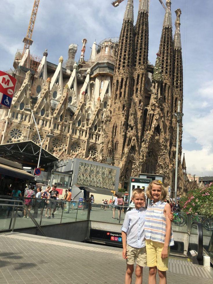 Barcelona -Spania | Barcelona - Descopera opera lui Gaudi