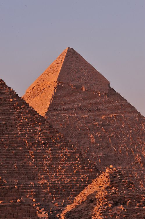 Zahi Hawass Secret Egypt Travel Guide; Egypt; archaeology; Pyramid builders; Old Kingdom; pyramid; Giza; Pyramids; nine pyramids; Khufu; Khafe; Menkaure