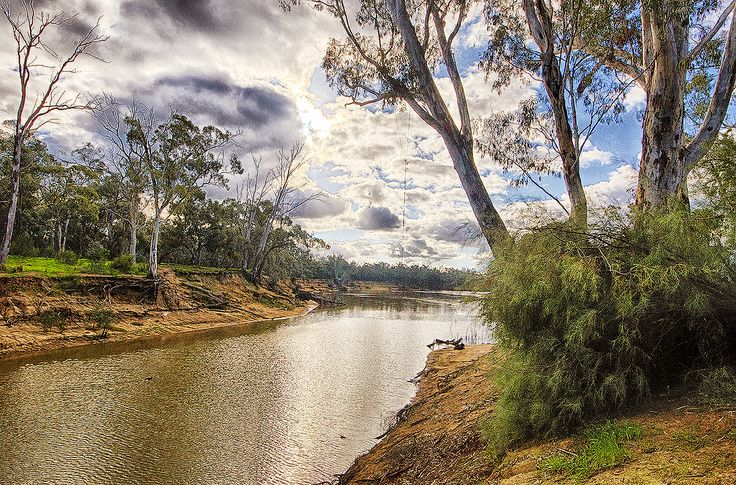 Images of an iconic river