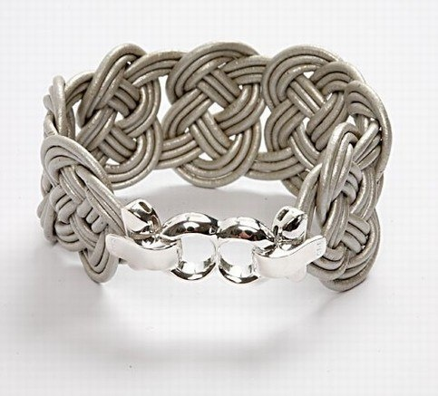 Wall: Tutorials, Jewelry Making, Diy Crafts, Braided Leather Bracelets, Leather Cord, Craft Ideas
