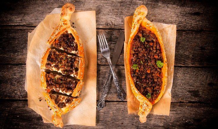 Τουρκική πίτα με κιμά (Kiymali Pide)