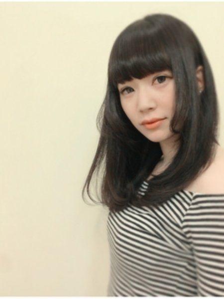 【黒髪】×【姫カット】で小顔プリンセスに♡初心者でも挑戦しやすい姫カットスタイル | ギャザリー