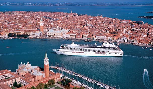 Crystal Cruises is particularly known for signature features that include on-board Sushi bars, vast wine cellars, innovative learning and enrichment programmes and a superb programme of entertainment, including Broadway-style shows. It also offers one of the best children's activity programmes in the luxury cruise market.