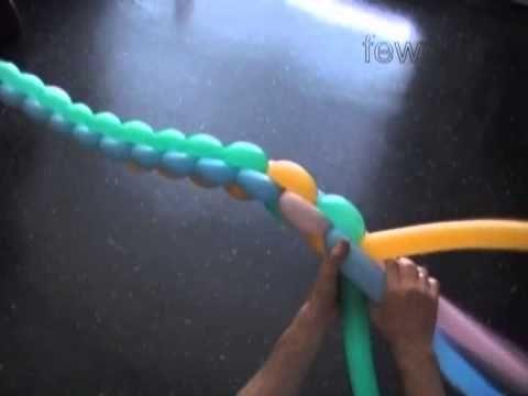 Как сделать арку из воздушных шаров. Спиральное плетение из шариков. Плетёная стойка из шаров - YouTube