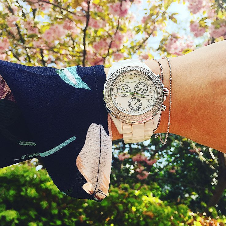 Flowers, pretty dress, beautiful watch - What is not to love?