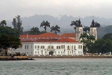 As autoridades decidiram renovar algumas passadeiras da Cidade de São Tomé, capital do arquipélago de S.Tomé e Príncipe, soube – se hoje, nestas ilhas afro-lusofonas.