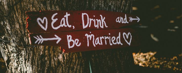 Sie dürfen auf keiner Hochzeit fehlen: Hochzeitsspiele. Damit die Überraschung für das Brautpaar nicht peinlich wird, haben wir einige Tipps.