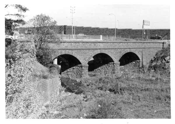 Coburg. Bridge over Merri Creek Newlands Road. [picture] , State Library of…