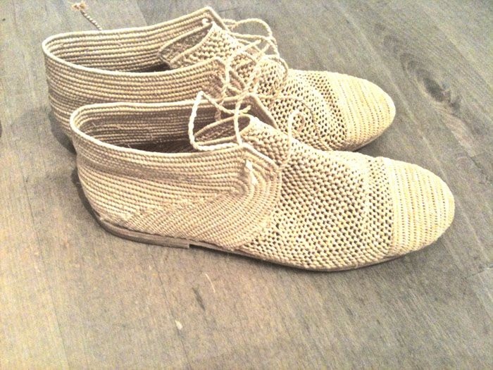 // Handmade Moroccan straw shoes <3 <3 <3: Handmade Clothing Women, Shelly Figueroa, Moroccan Straws, Figueroa Carroll, Handmade Shoes, Handmade Moroccan, Straws Shoes, Carroll Aarhus, Handmade Straws