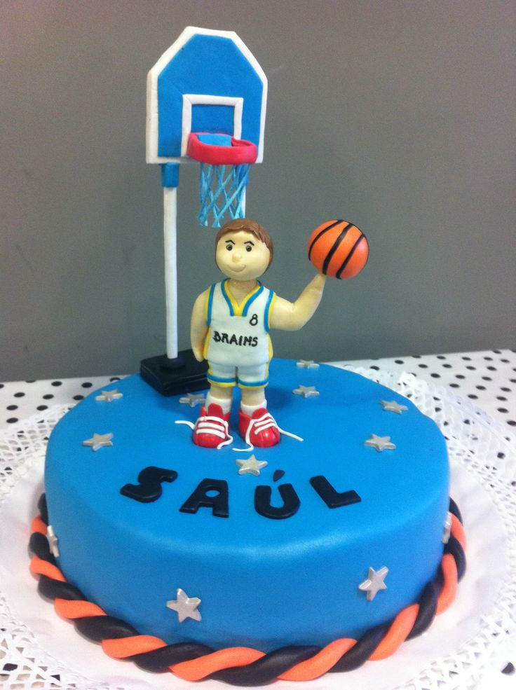 Torta Basketball Brains para Saúl!! 8 añitos!!