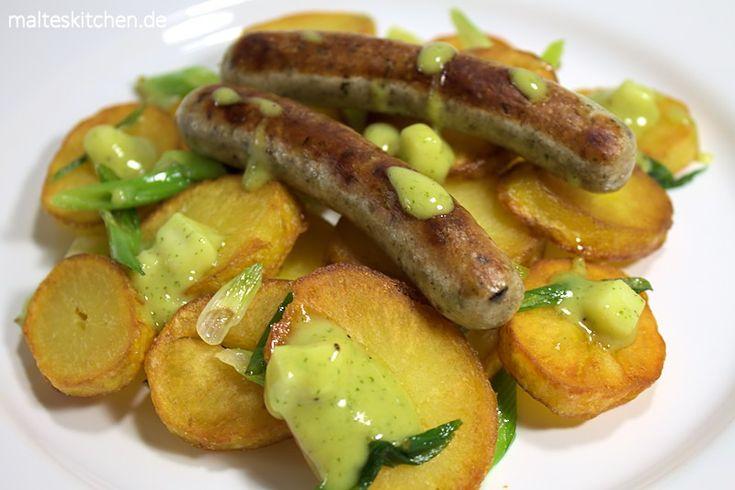 Bratkartoffeln mit Nürnberger Würstchen und Apfelsenf.