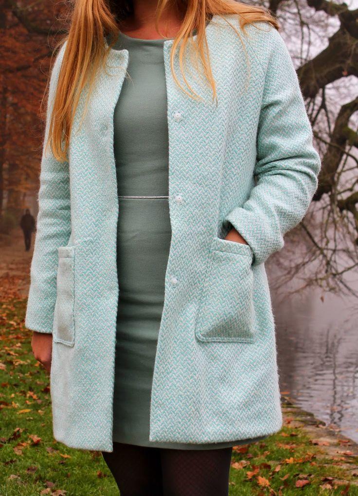 Of many kinds: Walk in the park met de Chloé jas van La Maison Victor