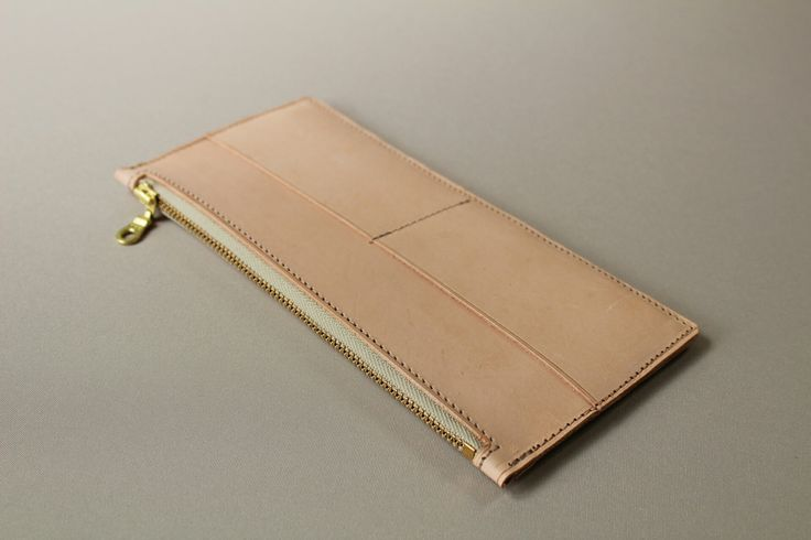 Women's vege tan wallet Handmade