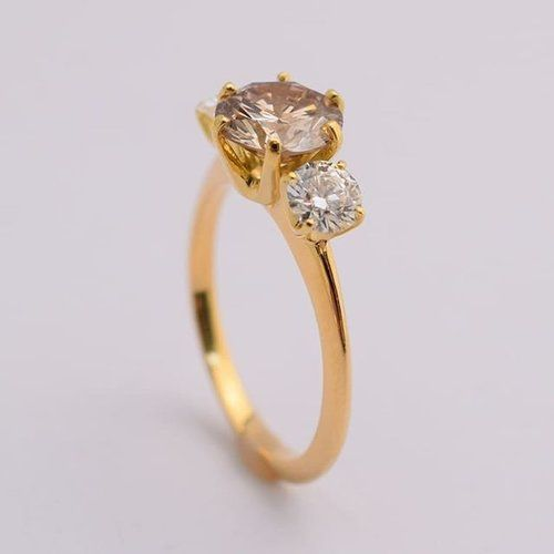 In the throes of Thursday #tbt . . . #bespoke #engagementring #champagnediamond #3stonering #blushtones #custommade #finejewelry #finejewellery #bridaljewellery #weddingring