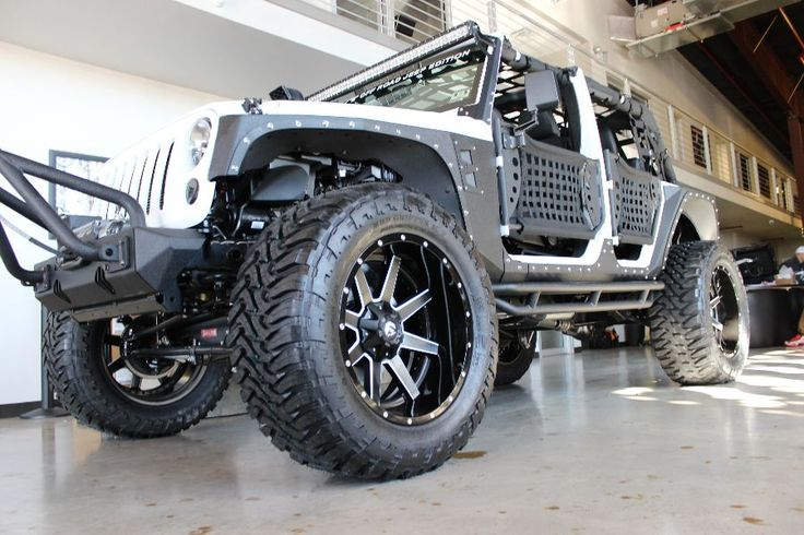 2014 WHITE JEEP WRANGLER UNLIMITED SPORT WITH 4″ LIFT AND 38″ TIRES | American Wheel and Tire