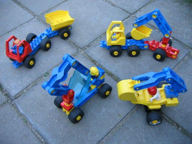 diverse auto's van van lego toolo - soort technisch duplo