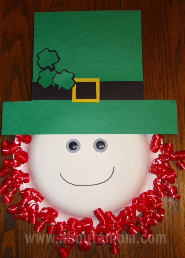 Leprechaun Paper Plate Craft for Kids - Use a flat piece of card stock so we can coat with contact paper - paint edges before adding ribbon