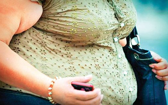 Los problemas de sobrepeso y obesidad en México se han abordado desde una perspectiva de salud pública en nuestro país, no obstante hay otros aspectos menos visibles, aparentement...