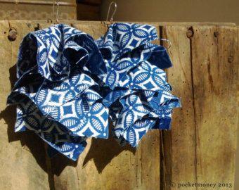 jikajika earrings (tiered fabric)