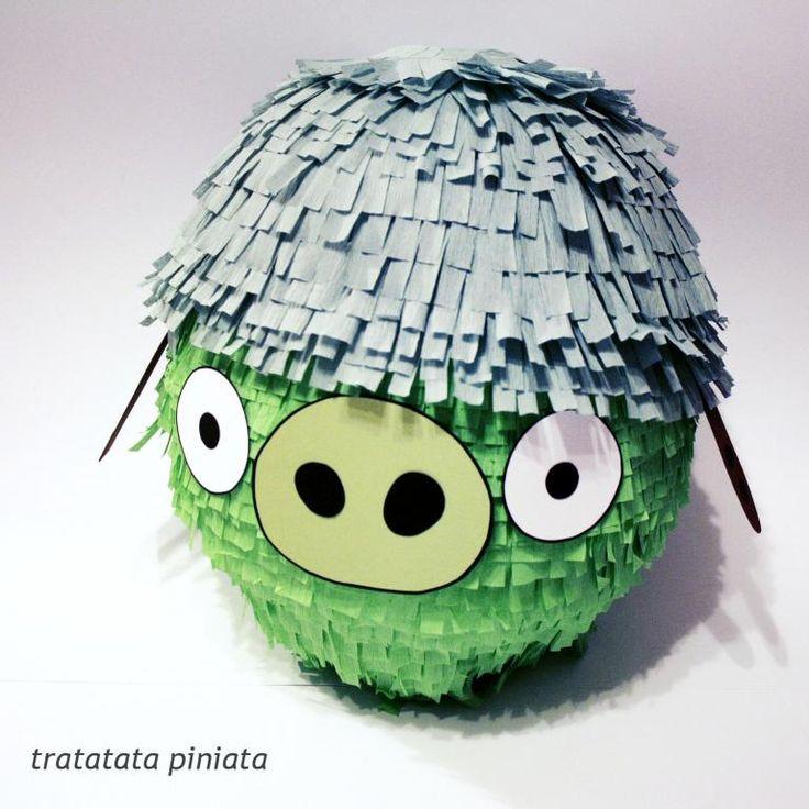 PINIATA Pinata Zielona śiwnka w kasku  na urodziny