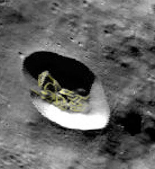 astronauts find structures on moon - photo #44