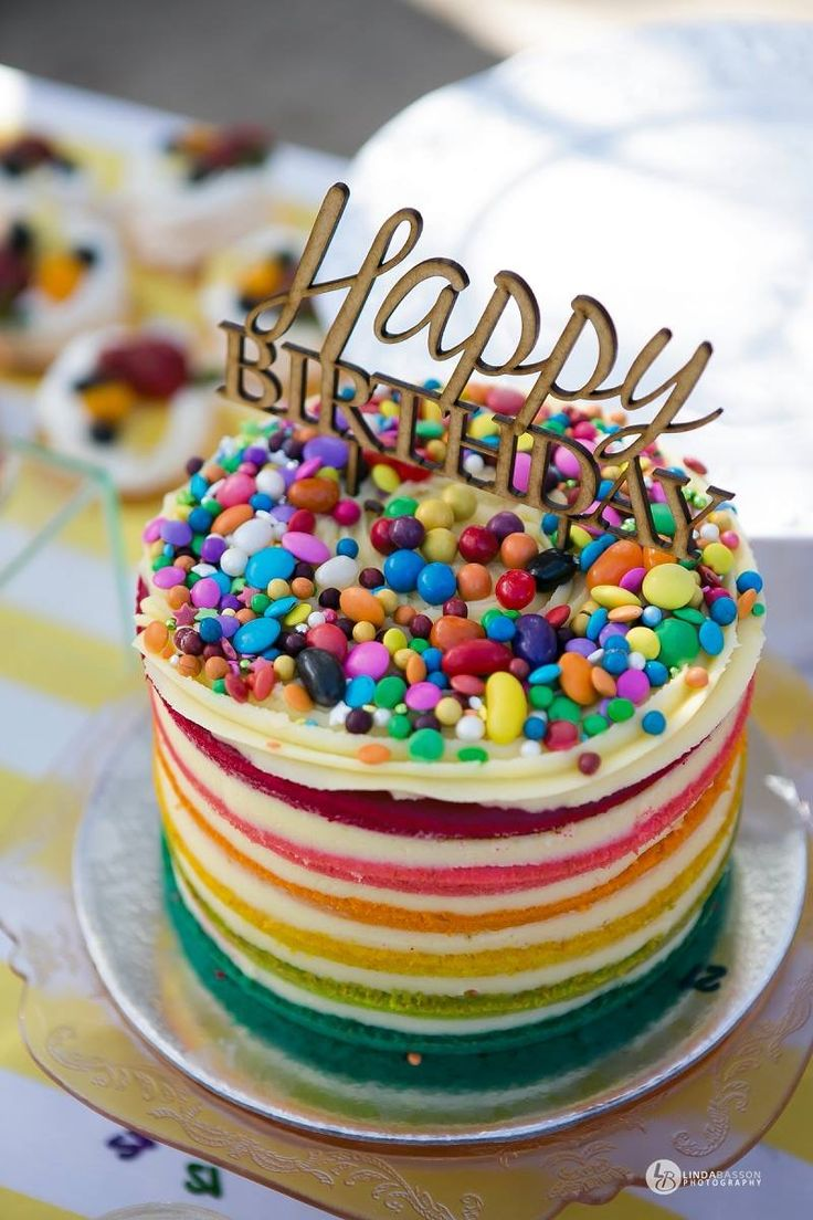 Yummy naked rainbow cake!