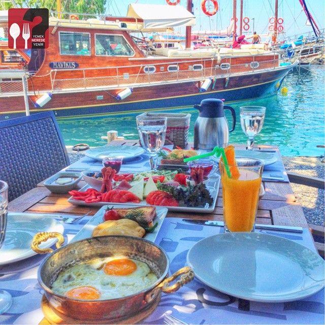 Serpme Kahvaltı - Caliente Cafe & Restaurant / Yalıkavak - Bodrum
