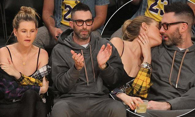 Adam Levine And Behati Prinsloo Can T Keep Their Hands Off Each